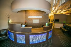 Bloomington-Wellness-Front-Desk